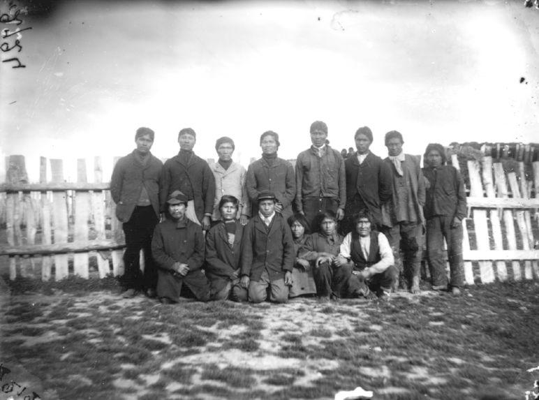 Fuégiens de la mission protestante anglaise à Ouchouaya