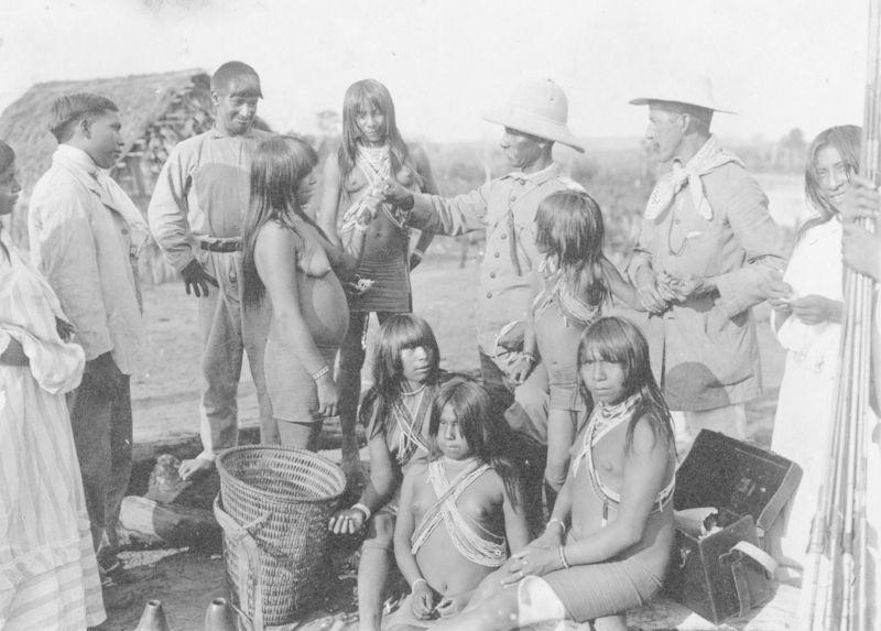 Une fête à l'arrivée du Général Rondon