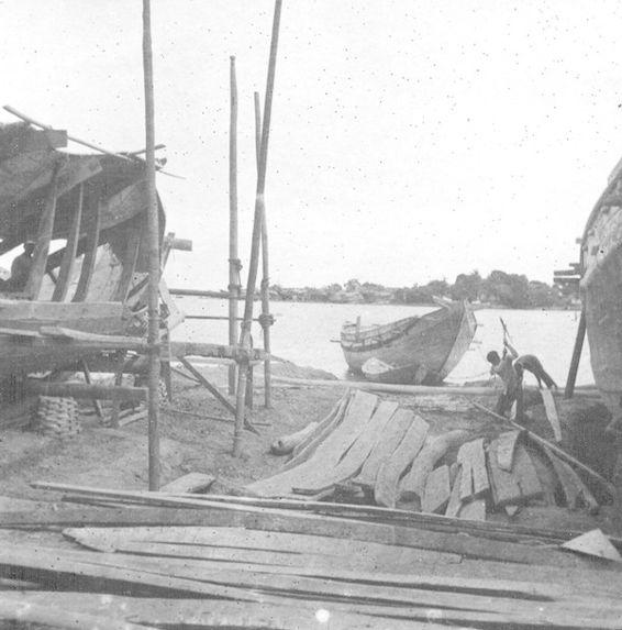Chantier de construction de jonques