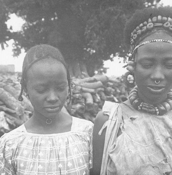 Femme Peul et captive Toucouleur