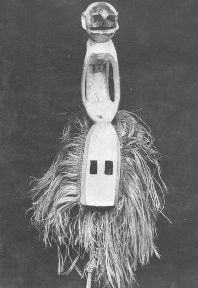 Masque représentant un singe blanc