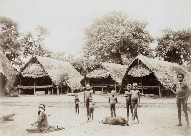 Idylle au village Bogadjim