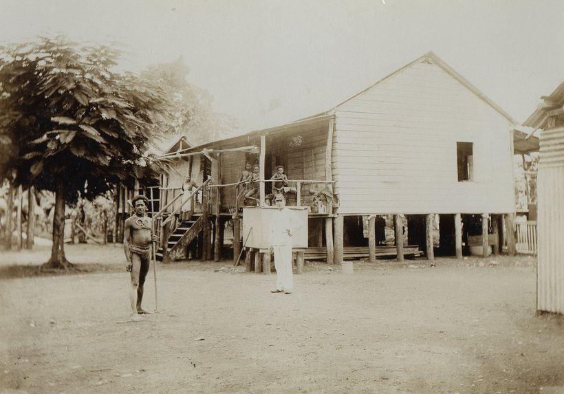Maison à Bogadjim, Baie d'Astrolabe