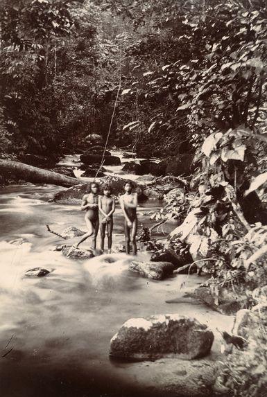 Rivière près de Sunjei Djo
