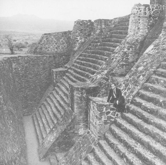 Escalier de la superstructure