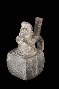 Vase à anse tubulée et à décor anthropomorphe