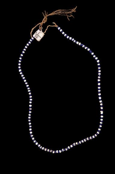 Collier de perles de verre