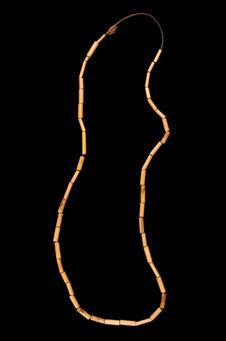 Collier de roseau