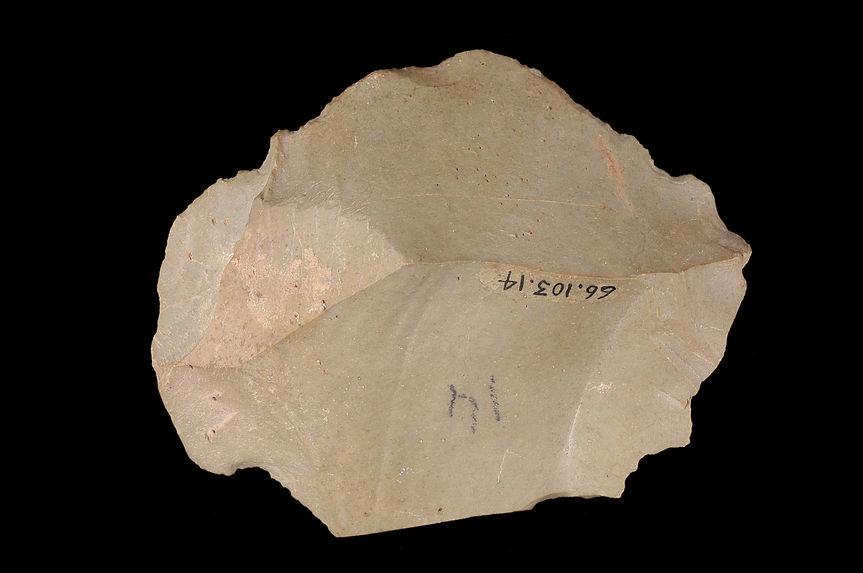 Outil de pierre taillée
