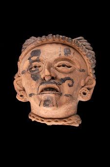 Statue (fragment)