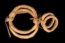 Paire de bracelets et d'anneaux