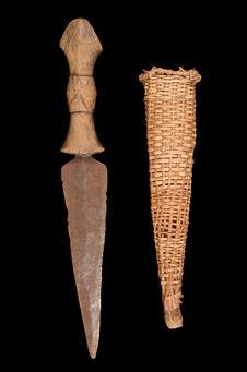 Couteau de chasse et son fourreau