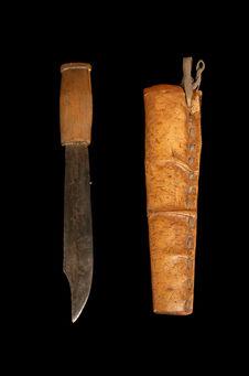 Couteau avec fourreau