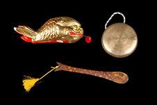 Ensemble de tambour de bois et gong
