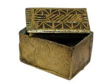 Boîte à poudre d'or