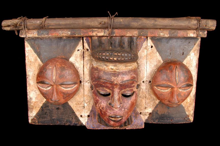 Masque planche à trois visages