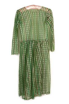 Costume de femme : robe