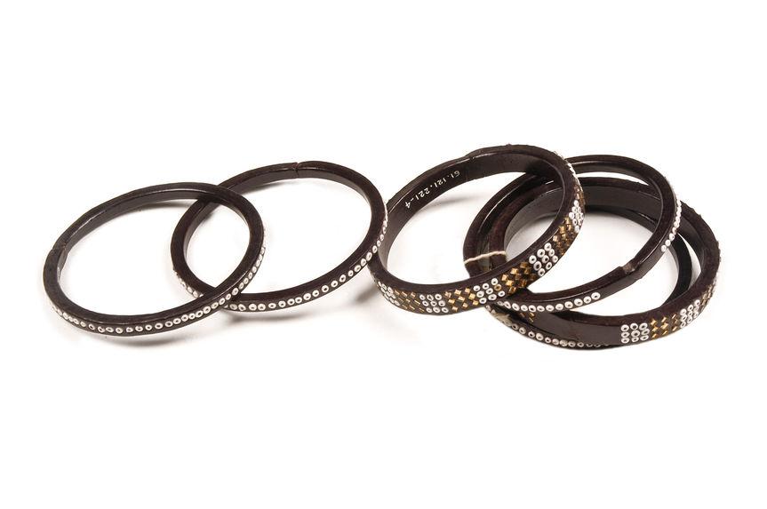 Bracelet à anneaux multiples