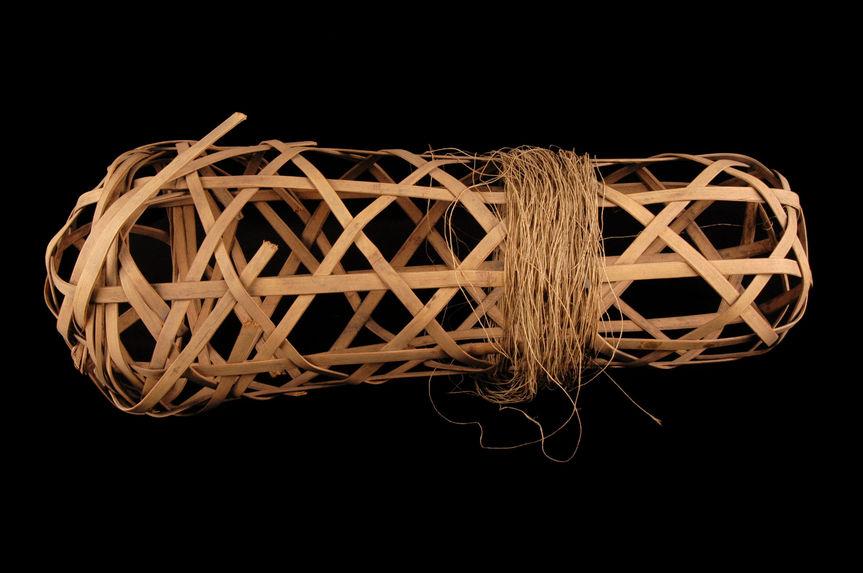 Appareil à tordre le fil