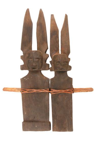 Sculptures commémoratives d'ancêtres