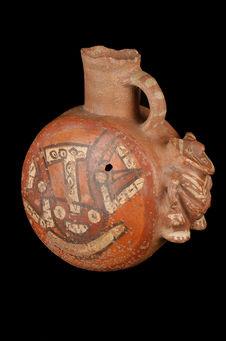 Vase à décor anthropo-zoomorphe
