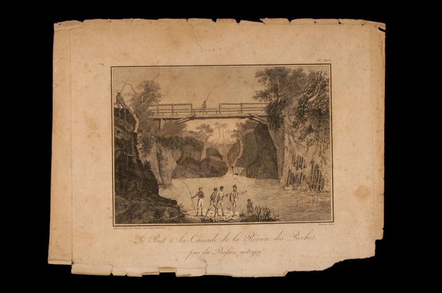 Pont et cascade de la rivière des Roches près du bassin mitoyen