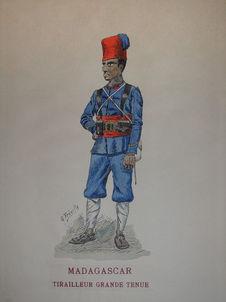 Madagascar - Tirailleur en grande tenue