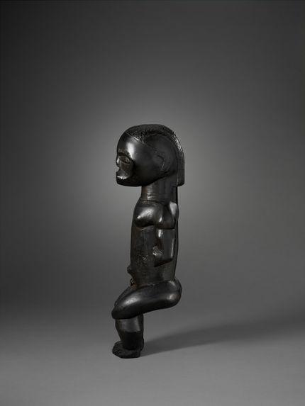 Statue gardien de reliquaire