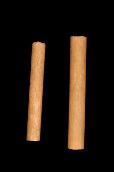 Deux bobines sans fils pour tissage