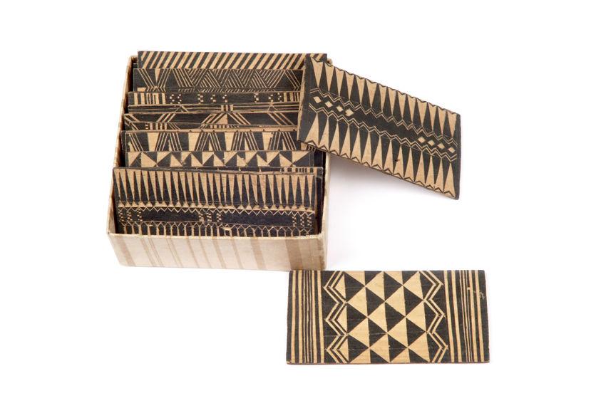 Echantillon de décor sur bois