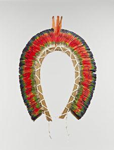 Elément de diadème : couronne de plumes