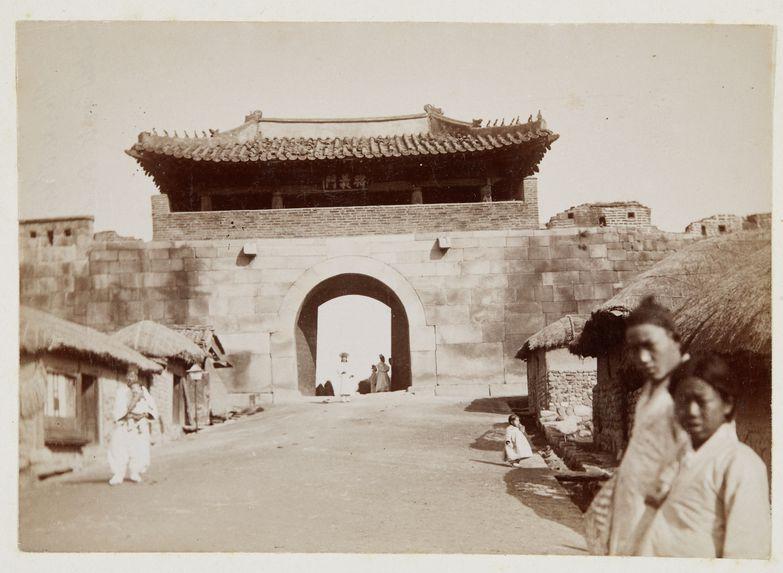 Porte d'Entrée de la ville (est)