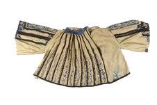 Costume de femme : blouse
