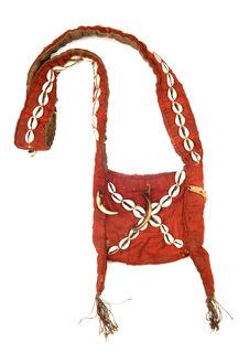 Petit sac de prêtre de village
