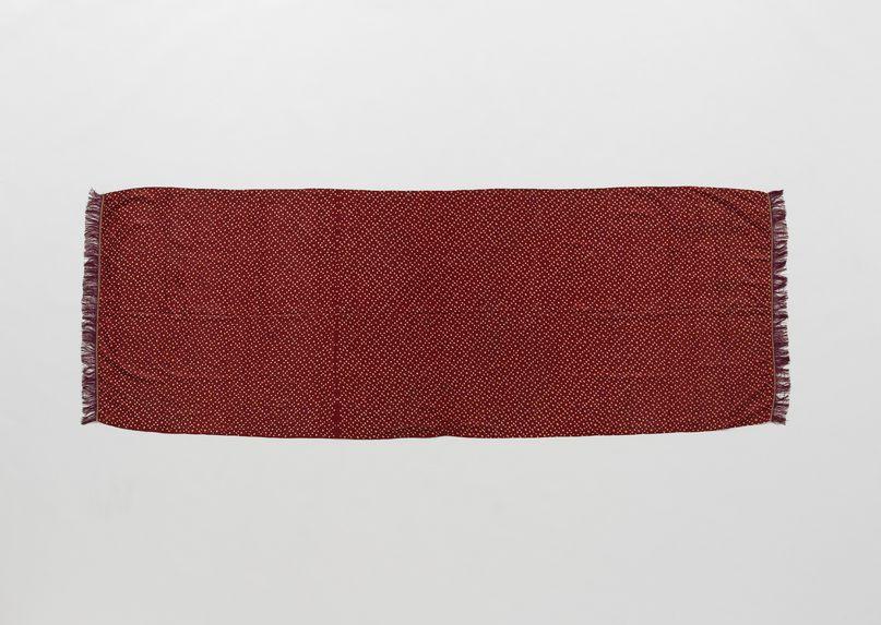 Costume de femme zoroastrienne : écharpe