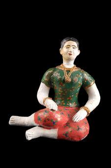 Figurine : invitée à un mariage cambodgien