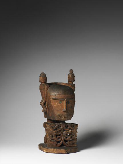 """Sculpture """"korwar&quot"""