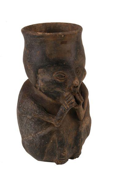 Vase anthropomorphe : musicien