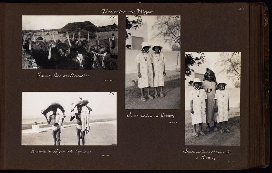 Jeunes métisses à Niamey