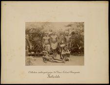 Hottentots [Portrait d'un groupe d'hommes]
