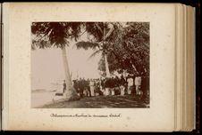 Débarquement à Huahine du Commissaire Général