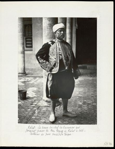 Rabat. La tenue du chef des barcassiers