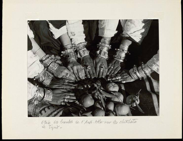 Etude des bracelets de l'Anti-Atlas sur les chikhates de Tiznit