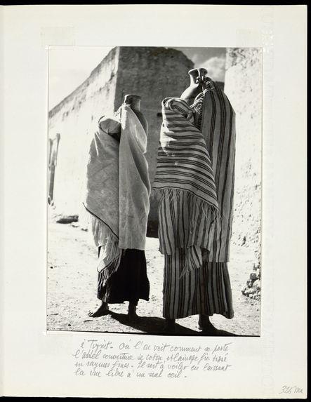 A Tiznit, où l'on voit comment se porte l'addel, couverture de coton et de lainage