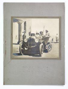 Monsieur et Madame Citroën quittant In Salah