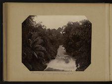 Buitenzorg - vue prise d'un pont