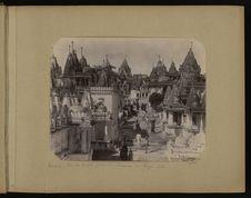 Palitana, vue des temples prise du sommet de Tiger Sah
