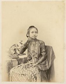 Java, la femme du Soesoehoenan (Ratoe)
