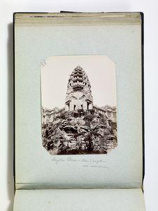 Angkor Thom - tour d'angle vue extérieure
