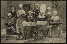 Groupe de dentellières